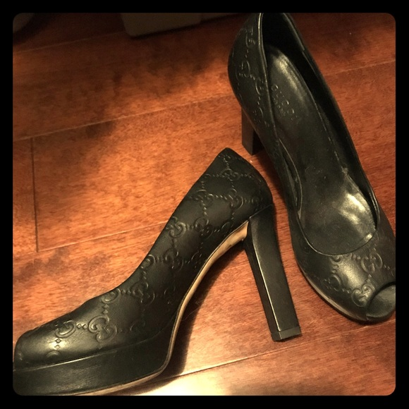 Gucci Shoes - Gucci fish mouth high heels.